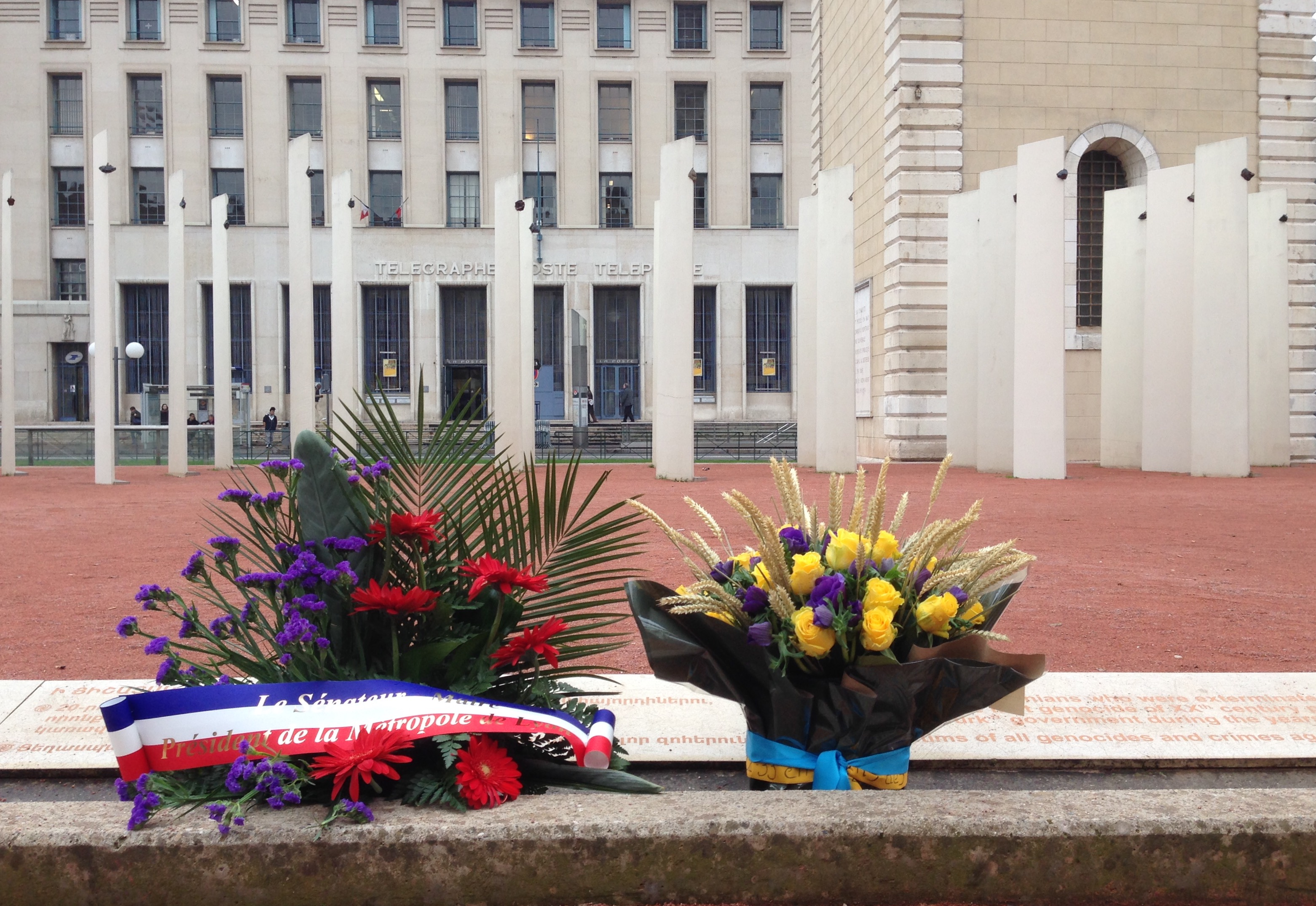 25/11 – Commémoration du Holodomor