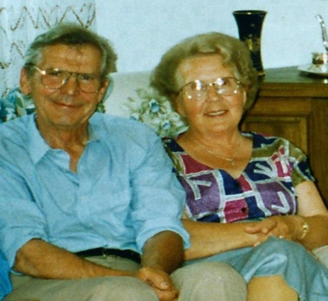 Emilien Korczak avec son épouse Emilija en 1995